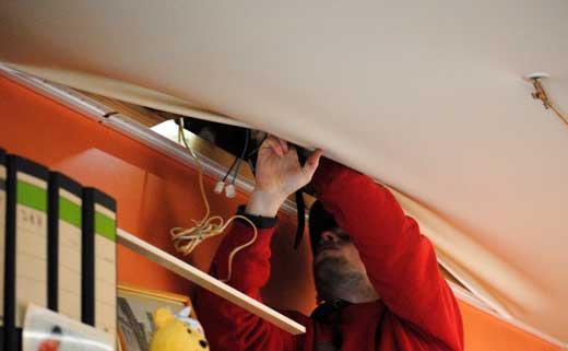 ремонт натяжного потолка