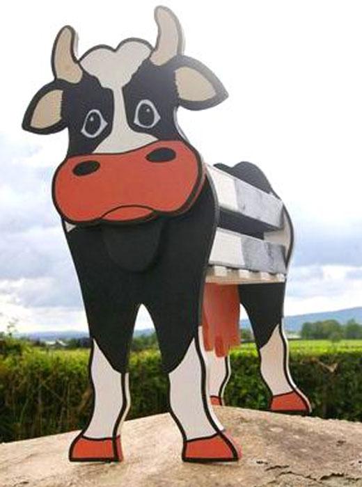 Корова из фанеры