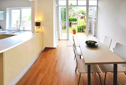 Ламинатные полы на кухне