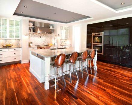 Гипсокартонный подвесной потолок на кухне