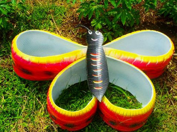 клумбочка бабочка из шины