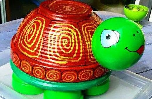 красивая черепаха из мисок