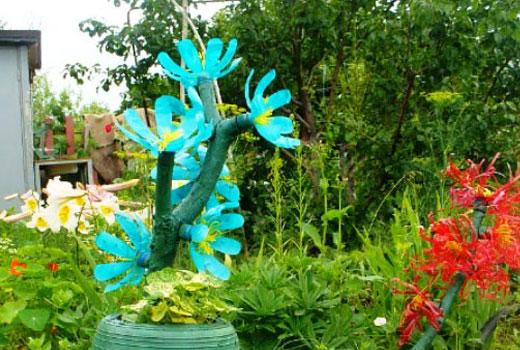 цветок кактуса из пластиковых бутылок