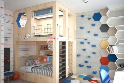 угловая двухярусная кровать в детской