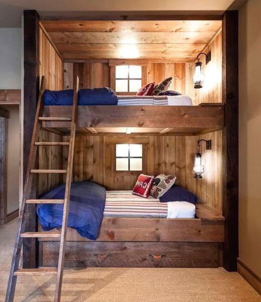 двухъярусная кровать из брусков