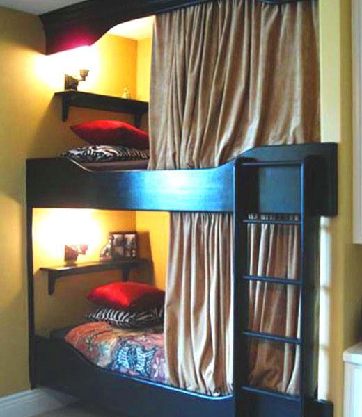 уютная двухъярусная кровать
