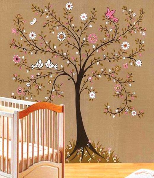 Стикер в детскую дерево