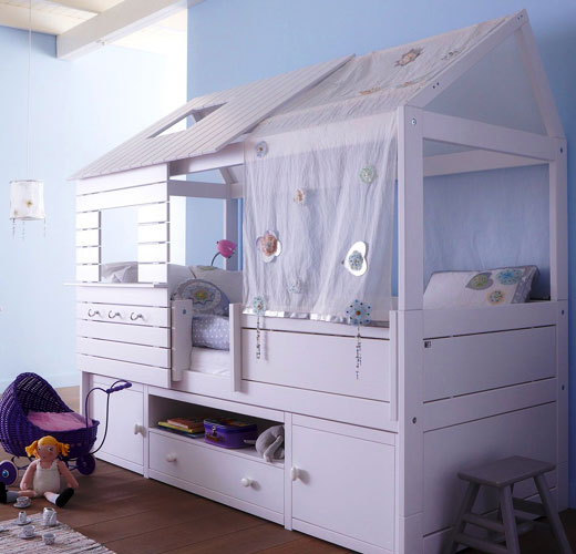 Спальный домик с ящиками