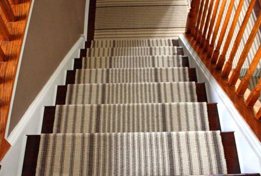 полосатая дорожка для лестницы