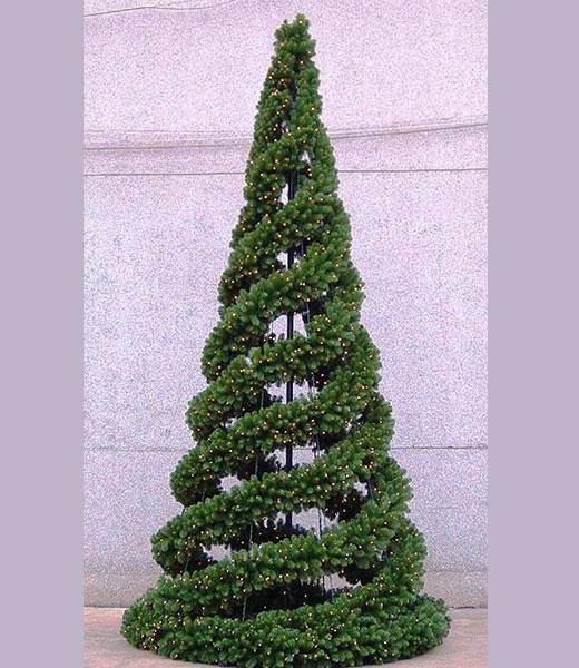 елка из гирлянды