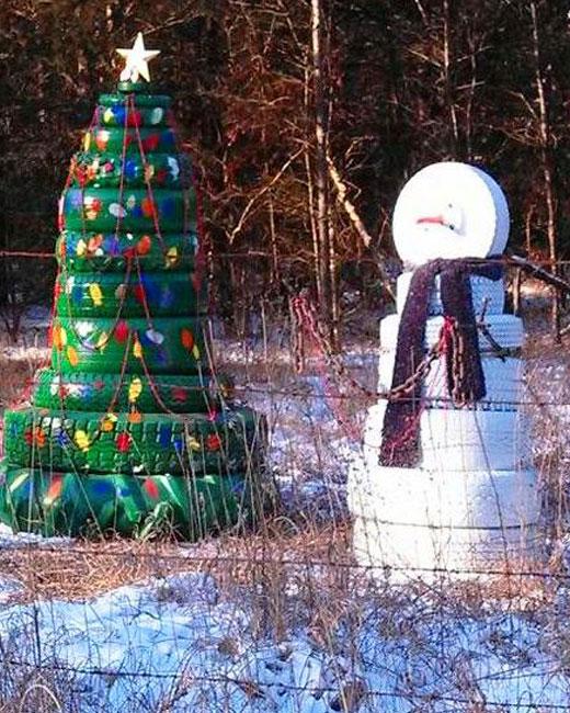 елка из шин и снеговик