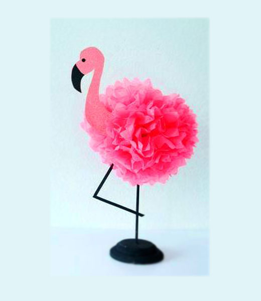 фламинго из пленки