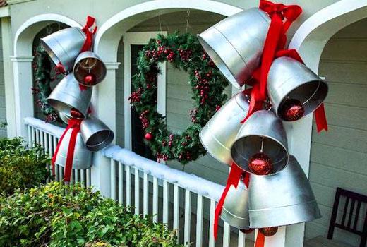 рождественские колокольчики на террасе