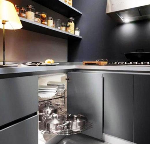кухня черный интерьер