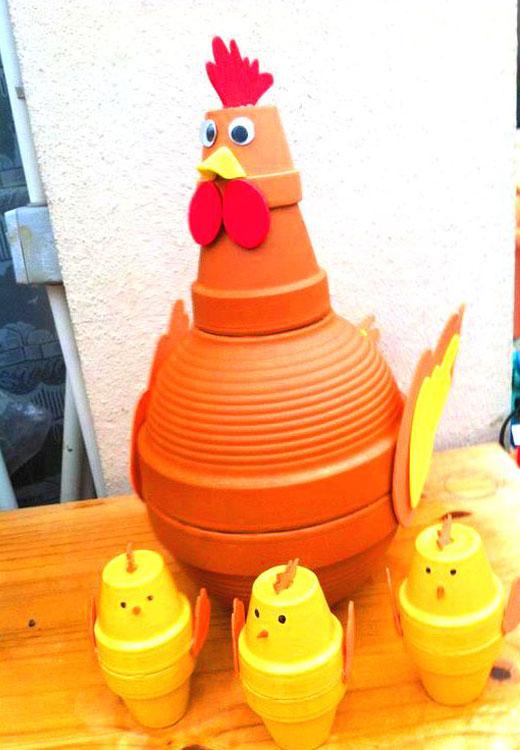 курица с цыплятами из горшков