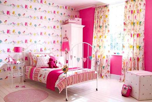 Обои розовые в комнату девочки