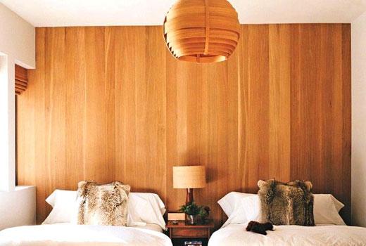 Деревянные обои шпон в спальне