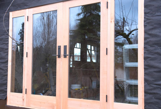 Прозрачный лак для покраски окна