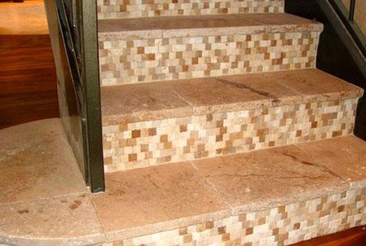 отделка лестницы плиткой керамической