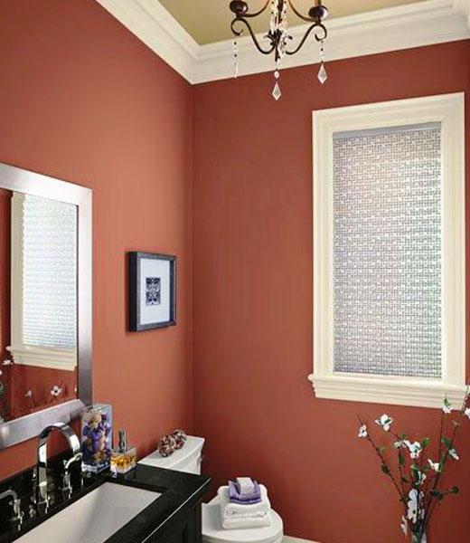 коричневые стены в ванной