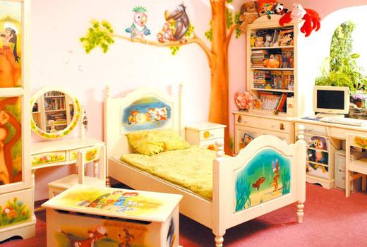 Герои сказок декор комнаты