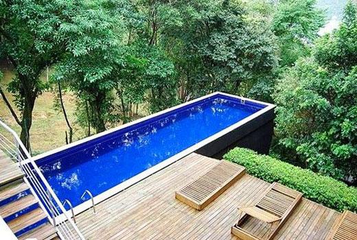 бассейн на крутом склоне