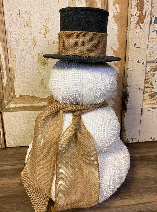 Снеговик новогодний из ткани