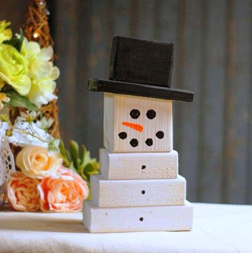 снеговик из кубиков