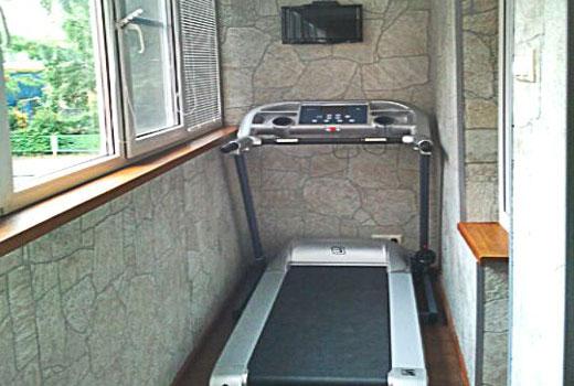 тренажер на балконе