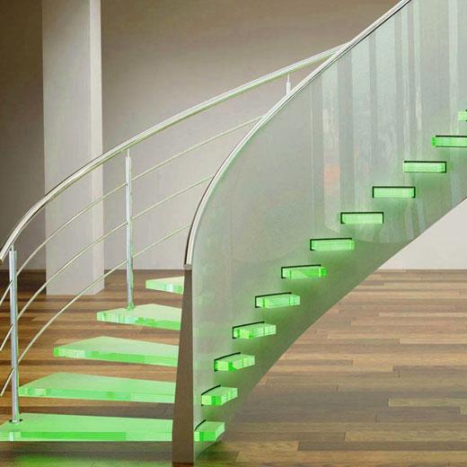 лестница стекло