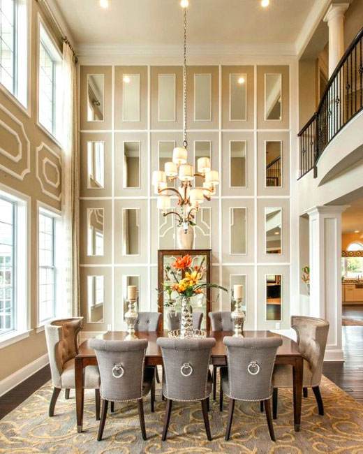 Зеркальные плитки в гостиной