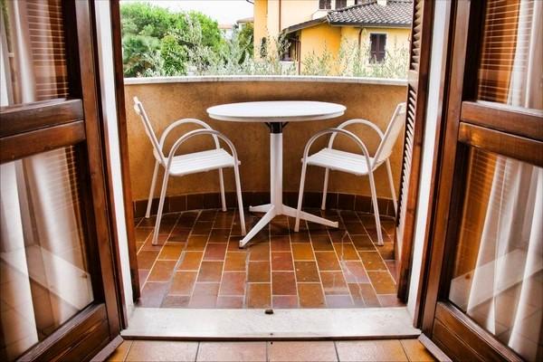 мебель для балкона пластиковая