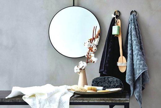 текстиль и зеркало