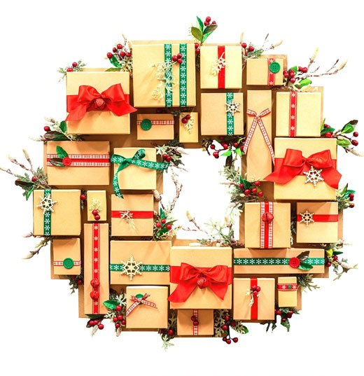 венок с подарками