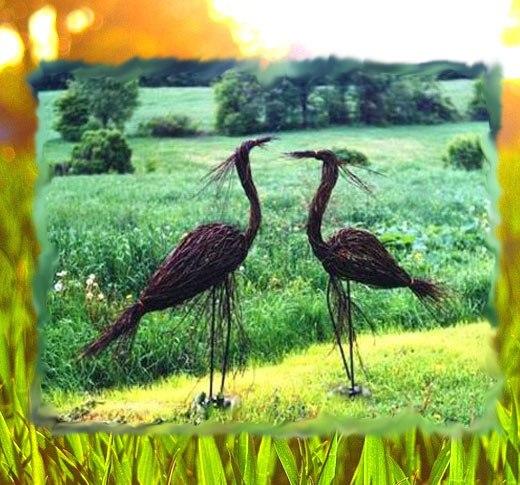 птицы из веток на участке