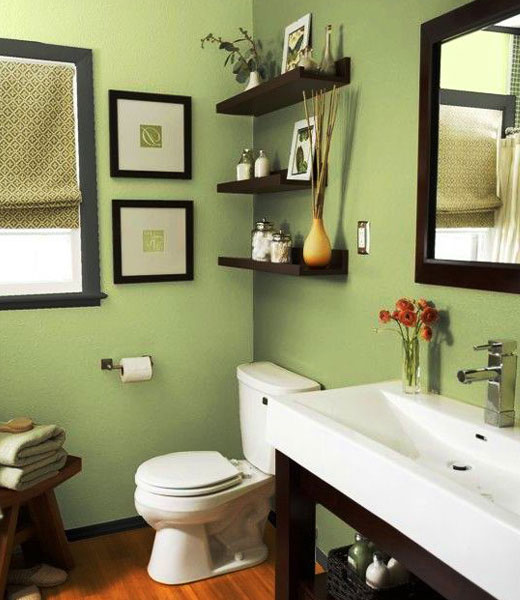 зеленые стены ванной