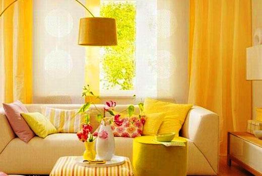 желтая комната интерьер