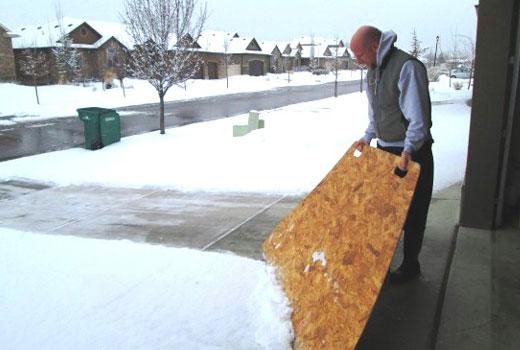уборка снега на площадке
