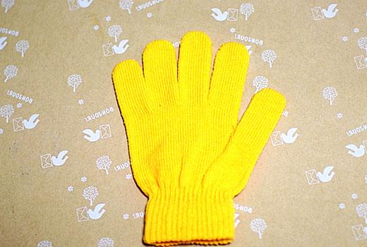 перчатка желтая